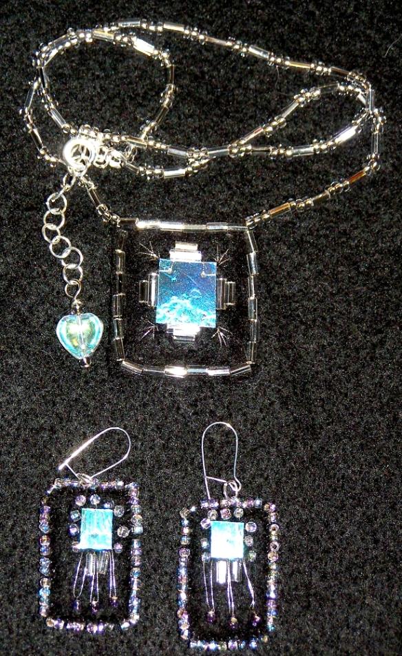 Jewellery 21 Feb 2011 © Angela Porter 2011